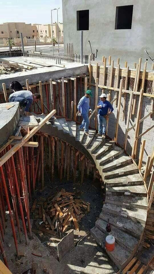 ساخت پله گرد
